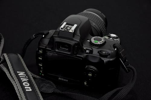 Nikon-D40-belakang