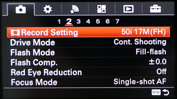 Susunan Menu Sony A6000: Item dibagi perkategori dan per halaman