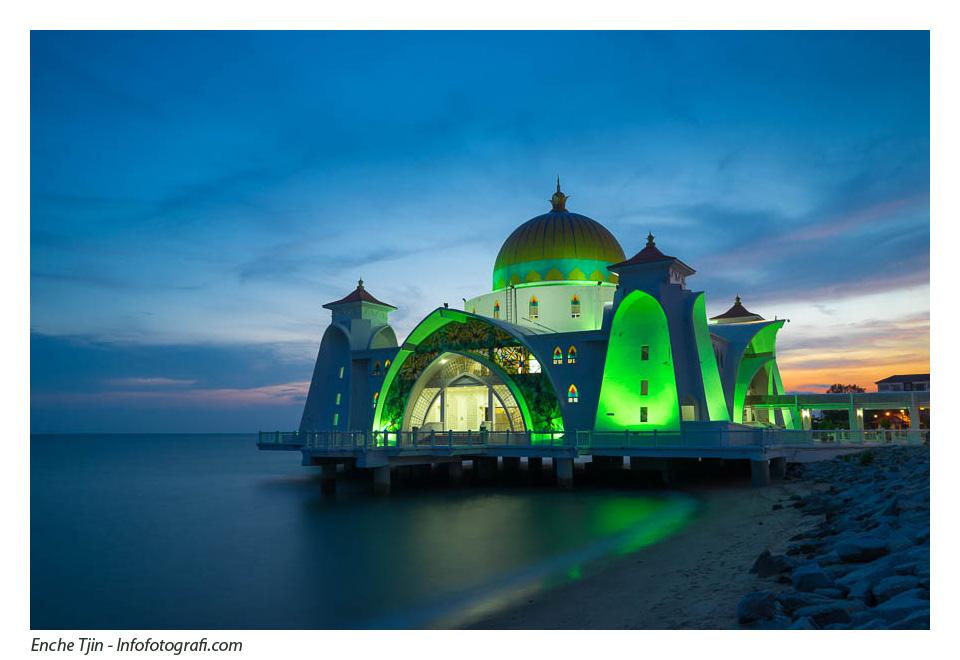 selat-melaka-mosque