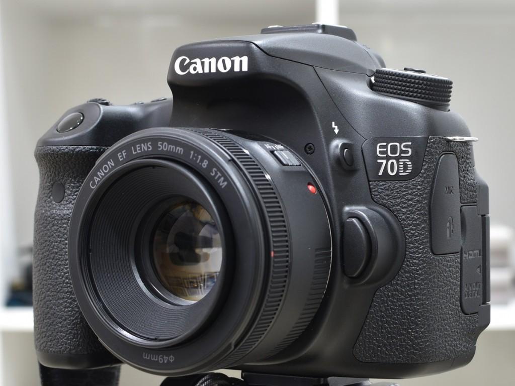 Canon 70D dengan lensa EF 50mm f/1.8 STM