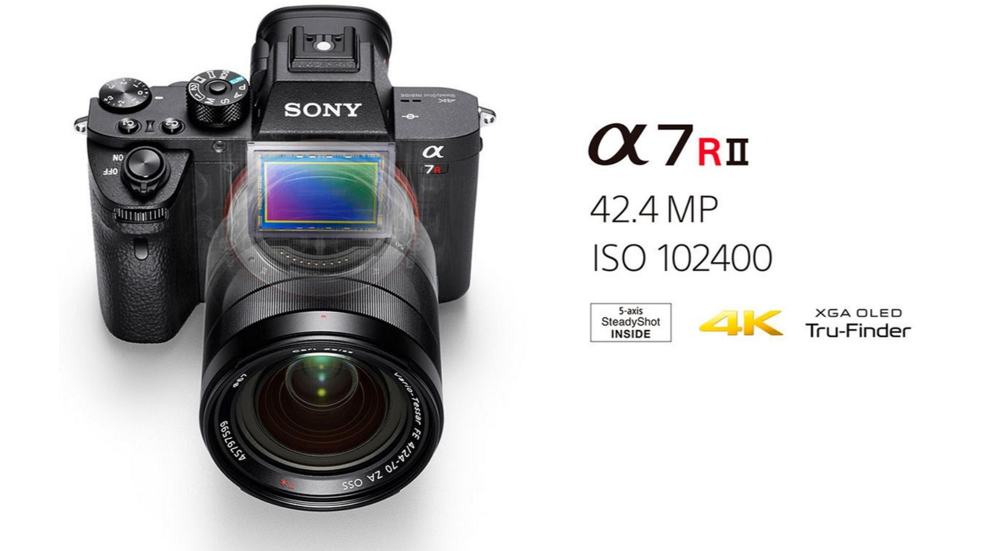 Dari ketiganya Sony A7R II Harga Rp 40 juta body only bersinar paling terang sebagai kamera foto Banyak inovasi yang dilakukan Sony untuk membuat A7R II