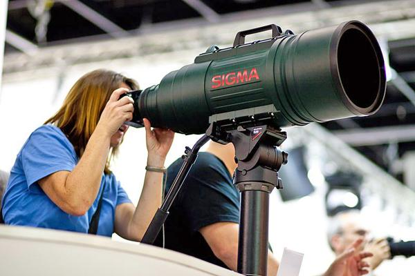 Sigma_200-500mm_at_Photokina_0