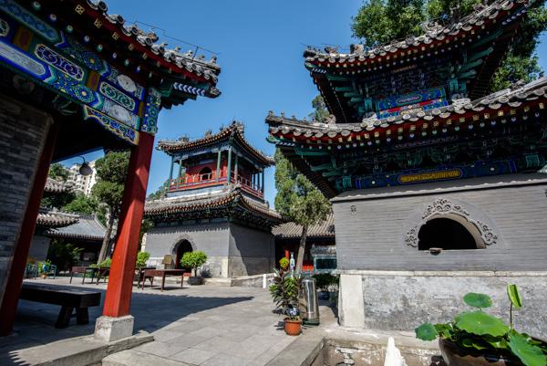 Mesjid tua di jalan Lembu, Beijing