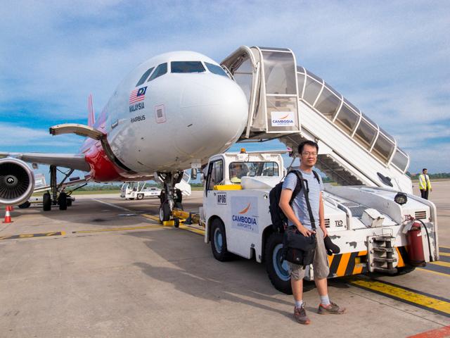 Menjelang naik pesawat menuju KL dari Siem Reap, Kamboja