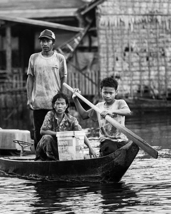 Di Kampong Khleang, danau Tonle Sap, dekat Siem Reap, Kamboja