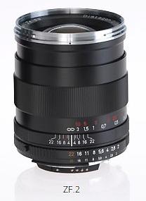 Zeiss ZF.2 Distagon 35mm f/2 untuk kamera DSLR Nikon. Beratnya 550 gram, panjang 10 cm