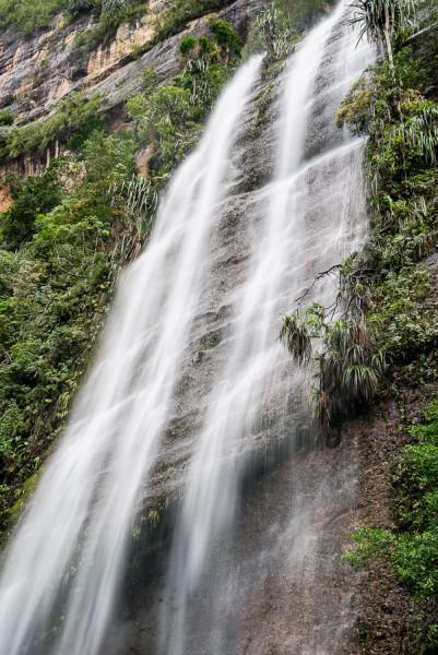 Air terjun di lembah Harau - Enche Tjin