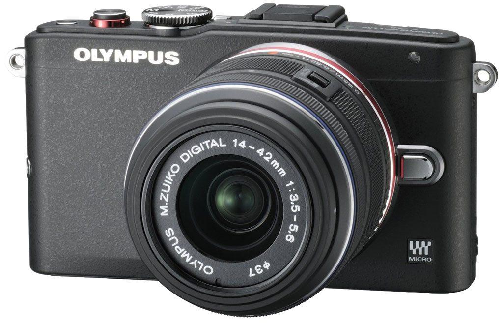 Olympus E-PL 6 dengan 14-42mm saat gripnya dilepas.