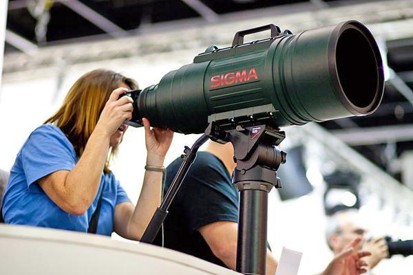 Sigma_200-500mm_at_Photokina_0